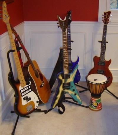 Guitars_001